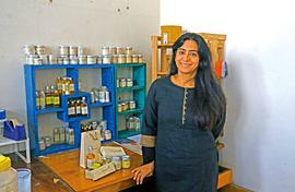 Cosmetics made to order and wholly organic